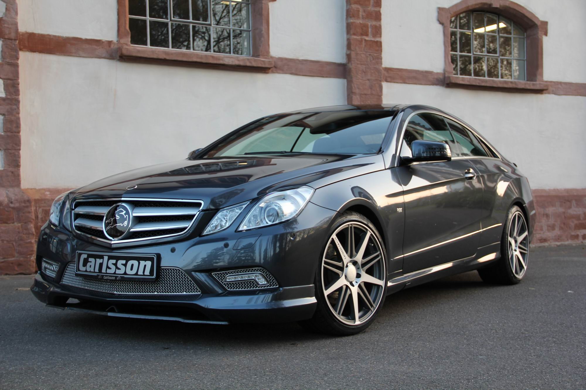 Carlsson-E-Coupe-C207-grey-front-c-Carlsson.jpg